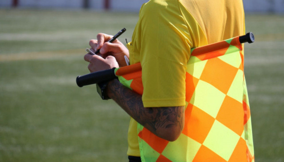 Yellow yellow card lineman referee lack football football game football field1381826