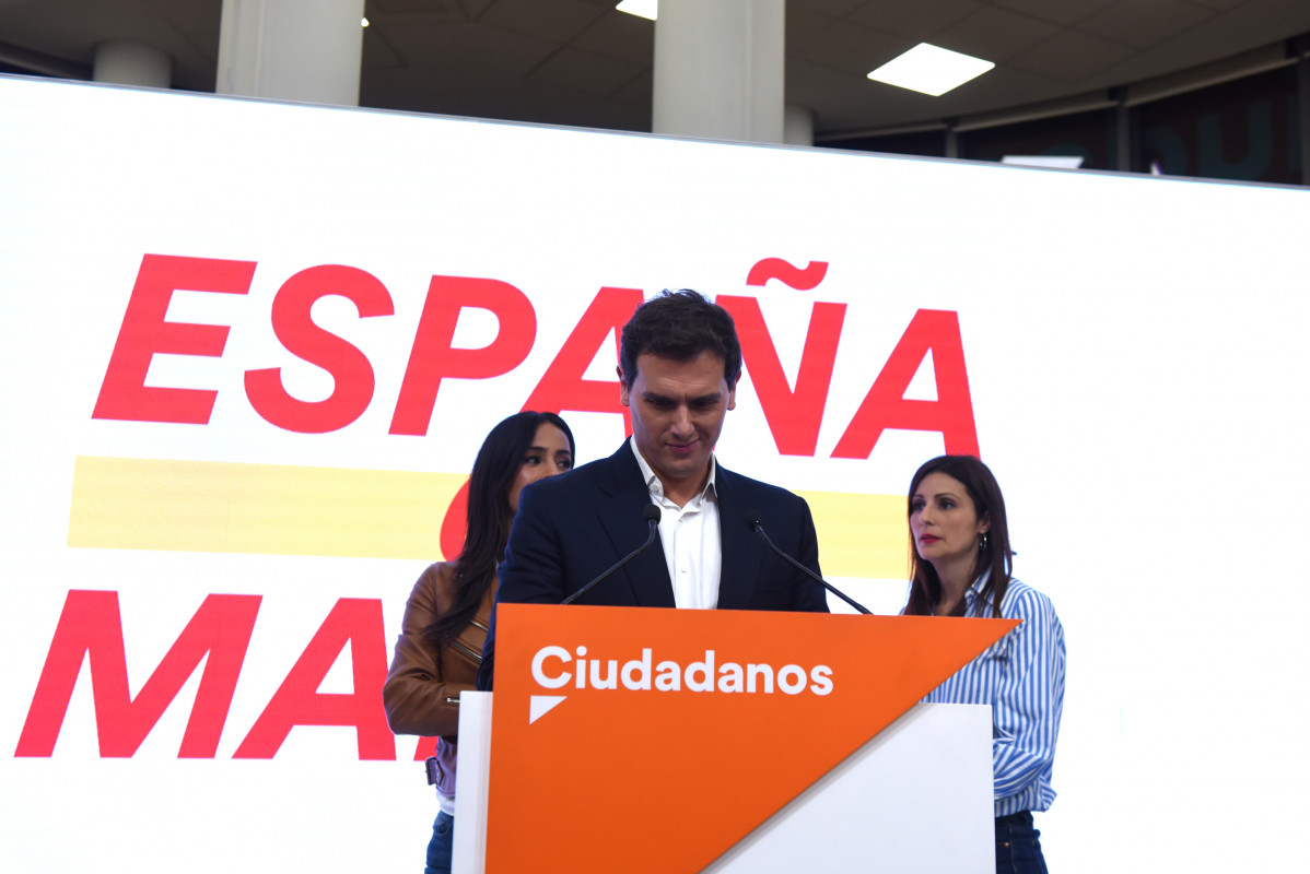 Albert Rivera dimite